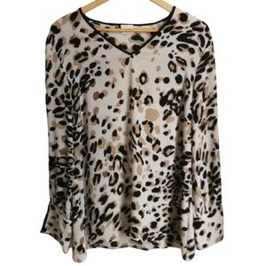 3/30$ CHICO'S Neutrals Leopard Print Cut Out Sleeves Top Blouse Size Large
